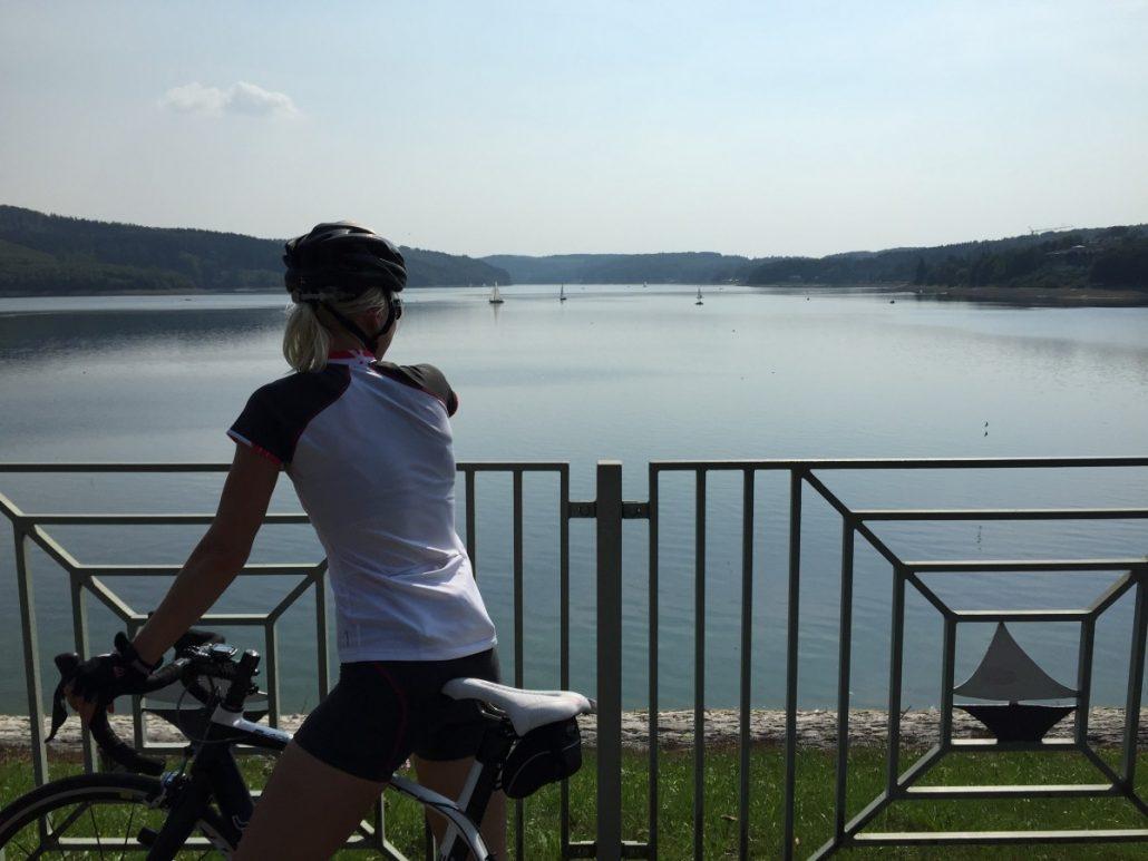 sorpesee sauerland wielrennen Nora MilesandMore spierpijn is best fijn
