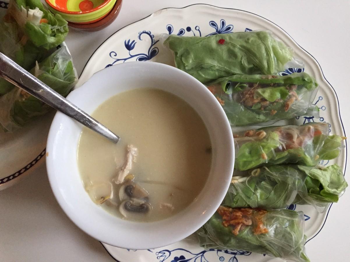volledige foto thom kha kai soep milesandmore
