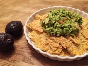 guacamole recept intens lekker en makkelijk met nacho's