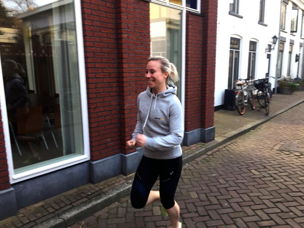 happy runner in m'n Save-Me trui