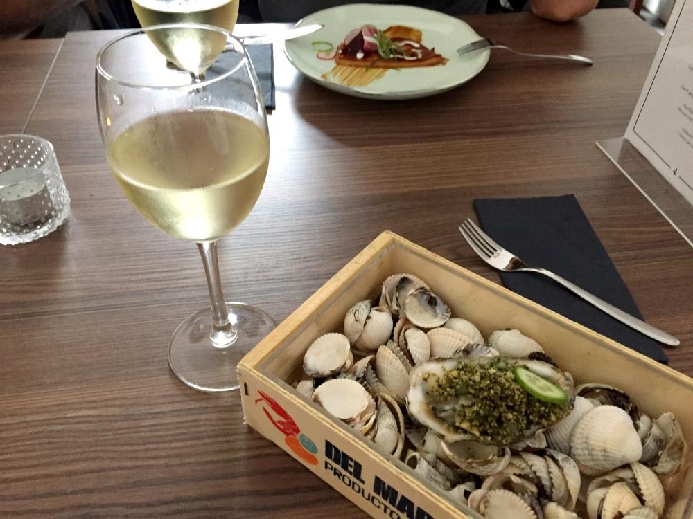 Oester en wijn bij Bloom