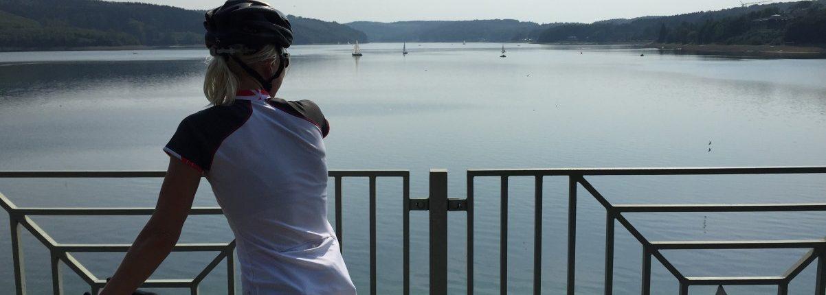 sorpesee sauerland wielrennen Nora MilesandMore