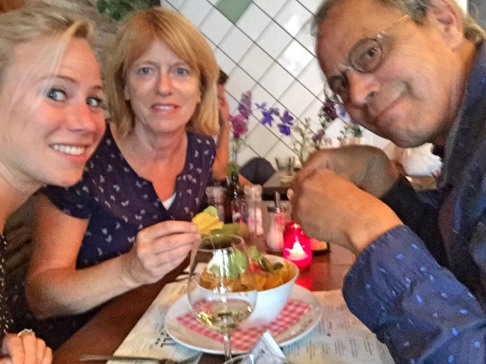 eten met papa en Renee bij Maxwell op Beukenplein