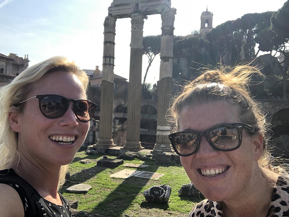 bij forum Romanum